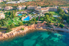 7 nights for the price of 6 · St. Regis · Mardavall · Majorca