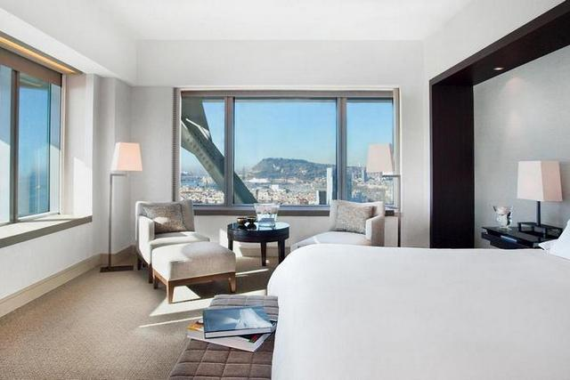 Special Price For Luxury Hotel Arts Barcelona In October