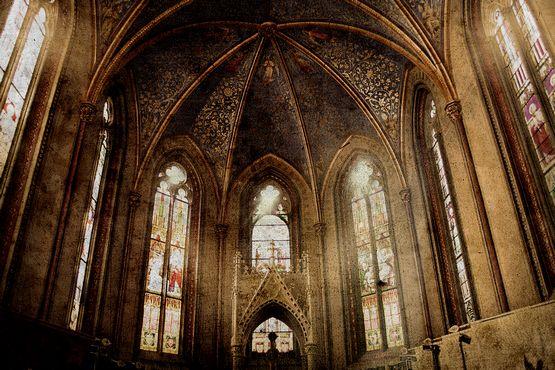 Vieja iglesia retro