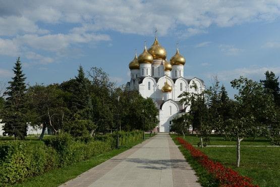 Yaroslavl. Catedral de la asunción
